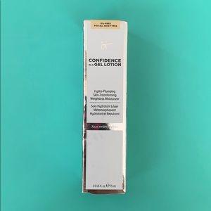 It Cosmetics primer/moisturizer